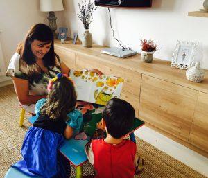 leyendo y aprendiendo con mis nietos